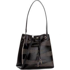 Torebka CAVALLI CLASS - Zebra Show C72PWCNX0052999 Black 999. Czarne torebki do ręki damskie Cavalli Class, w geometryczne wzory, ze skóry ekologicznej. W wyprzedaży za 999.00 zł.