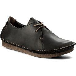 Półbuty CLARKS - Janey Mae 261114284  Black Leather. Czarne półbuty damskie Clarks, z nubiku. W wyprzedaży za 269.00 zł.