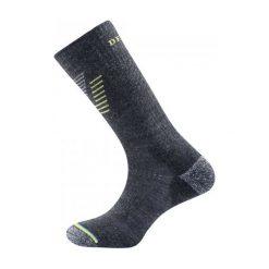 Devold Skarpetki Trekkingowe Hiking Medium Sock Dark Grey M. Szare skarpety męskie Devold, z materiału. W wyprzedaży za 85.00 zł.
