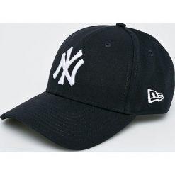 New Era - Czapka Yankees. Czarne czapki i kapelusze męskie New Era. W wyprzedaży za 99.90 zł.