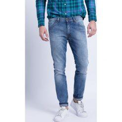 Wrangler - Jeansy Larston Slim Tapered. Niebieskie jeansy męskie Wrangler. Za 329.90 zł.