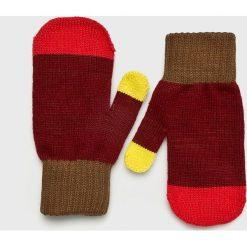 True Spin - Rękawiczki. Czerwone rękawiczki damskie True Spin, z dzianiny. W wyprzedaży za 29.90 zł.