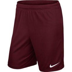 Nike Spodenki piłkarskie Park II M bordowe r. M (725887-677). Krótkie spodenki sportowe męskie marki bonprix. Za 55.08 zł.