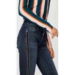 Trussardi Jeans - Jeansy 260 Stone Wash. Niebieskie jeansy damskie TRUSSARDI JEANS. W wyprzedaży za 499.90 zł.