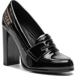 Półbuty TOMMY HILFIGER - Iconic Patent Loafer FW0FW04003  Black 990. Czarne półbuty damskie Tommy Hilfiger, z lakierowanej skóry. Za 649.00 zł.