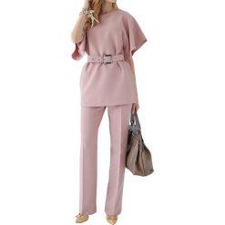 Zestaw w kolorze jasnoróżowym - bluzka, spodnie. Bluzki damskie Andrea Crocetta. W wyprzedaży za 319.95 zł.