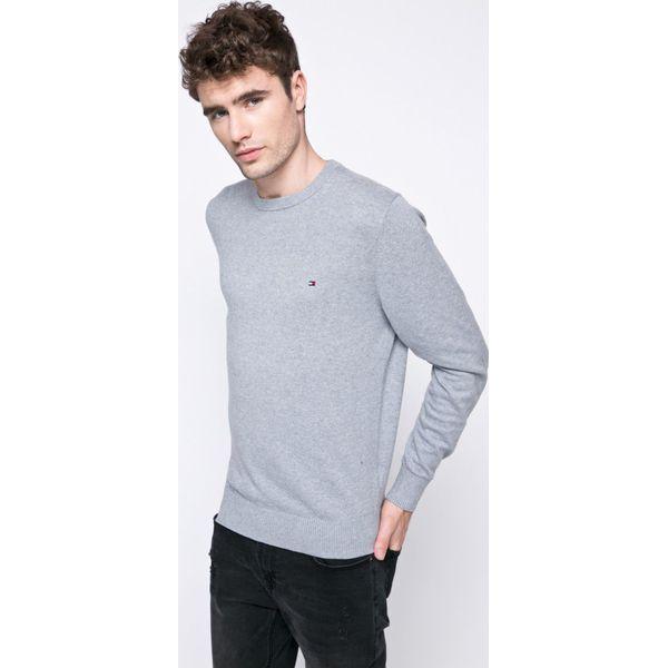 9d0da40899969 Tommy Hilfiger - Sweter - Szare swetry przez głowę męskie marki Tommy  Hilfiger, z bawełny, z okrągłym kołnierzem. W wyprzedaży za 339.90 zł.