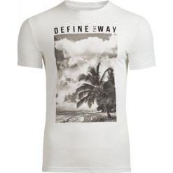 T-shirt męski TSM607 - biały - Outhorn. Białe t-shirty męskie Outhorn, na lato, z bawełny. Za 39.99 zł.