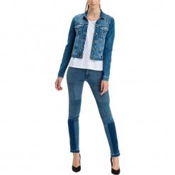 """Dżinsy """"Anya"""" - Slim fit - w kolorze niebieskim. Niebieskie jeansy damskie Cross Jeans. W wyprzedaży za 127.95 zł."""