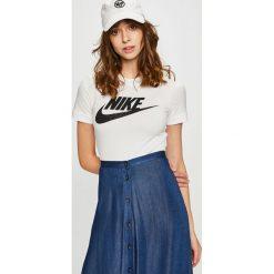 Nike Sportswear - Top. Szare topy damskie Nike Sportswear, z nadrukiem, z bawełny, z okrągłym kołnierzem, z krótkim rękawem. Za 159.90 zł.