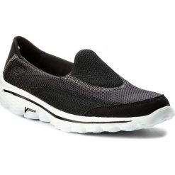 Buty SKECHERS - Go Walk 2 13590/BKW Black/White. Obuwie sportowe damskie marki Nike. W wyprzedaży za 189.00 zł.