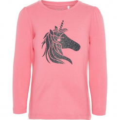 """Koszulka """"Ralike"""" w kolorze różowym. Czerwone bluzki dla dziewczynek Name it Kids, z nadrukiem, z bawełny, z okrągłym kołnierzem, z długim rękawem. W wyprzedaży za 22.95 zł."""