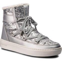 Śniegowce MOON BOOT - Pulse Z.Glitter 24103100001 Silver. Szare kozaki damskie Moon Boot, z materiału. Za 750.00 zł.