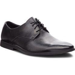 Półbuty CLARKS - Bampton Cap 261354027  Black Leather. Czarne eleganckie półbuty Clarks, z materiału. W wyprzedaży za 219.00 zł.