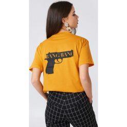 NA-KD T-shirt Bang Bang - Orange. Pomarańczowe t-shirty damskie NA-KD, z nadrukiem, z bawełny, z okrągłym kołnierzem. Za 72.95 zł.