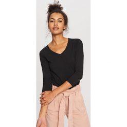 Koszulka z bawełny organicznej - Czarny. Czarne t-shirty damskie Reserved, z bawełny. Za 24.99 zł.