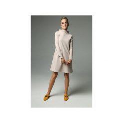 Sukienka Moss - Nude. Brązowe sukienki damskie Madnezz, z bawełny, ze stójką. Za 239.00 zł.