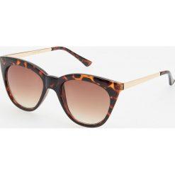 Okulary przeciwsłoneczne - Brązowy. Brązowe okulary przeciwsłoneczne damskie Reserved. Za 39.99 zł.