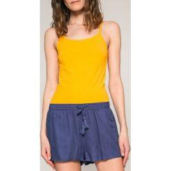 Roxy - Szorty. Pomarańczowe szorty damskie Roxy, z tkaniny, casualowe. W wyprzedaży za 119.90 zł.