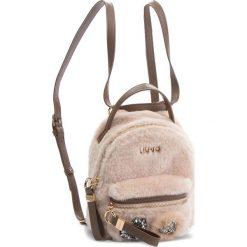 Plecak LIU JO - S Backpack Brentas N68066 E0412  Soia 21404. Plecaki damskie marki QUECHUA. W wyprzedaży za 329.00 zł.