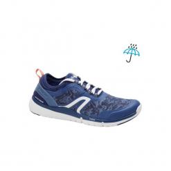 Buty damskie do szybkiego marszu PW580 Waterproof w kolorze granatowo-różowym. Niebieskie obuwie sportowe damskie NEWFEEL, z gumy. Za 149.99 zł.