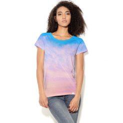 Colour Pleasure Koszulka damska CP-034  42 niebiesko-różowo-fioletowa r. M-L. T-shirty damskie Colour Pleasure. Za 70.35 zł.