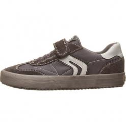 Sneakersy w kolorze szarym. Szare trampki i tenisówki chłopięce Geox Kids, z gumy. W wyprzedaży za 107.95 zł.