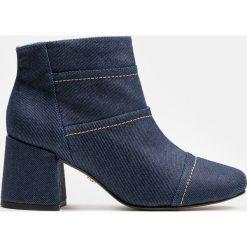 Niebieskie botki damskie. Niebieskie botki damskie Kazar, z jeansu. Za 599.00 zł.