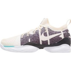 Nike Performance MEN AIR ZOOM ULTRA REACT HC Obuwie do tenisa Outdoor light cream/black. Trekkingi męskie Nike Performance, z materiału, outdoorowe. Za 629.00 zł.