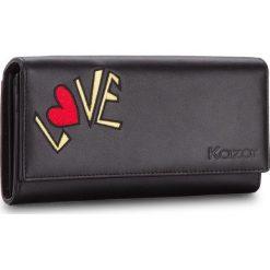 Duży Portfel Damski KAZAR - 16087-01-00 Black. Czarne portfele damskie Kazar, z napisami, ze skóry. W wyprzedaży za 329.00 zł.