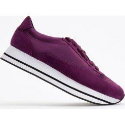 Sportowe buty na grubej podeszwie - Fioletowy. Fioletowe obuwie sportowe damskie Reserved. Za 139.99 zł.