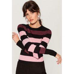 Sweter w pasy - Czarny. Czarne swetry damskie Mohito. Za 99.99 zł.