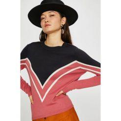 Only - Sweter Holli. Szare swetry damskie Only, z dzianiny, z okrągłym kołnierzem. Za 119.90 zł.