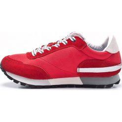 Vespa - Buty. Czerwone obuwie sportowe damskie Vespa, z materiału. W wyprzedaży za 239.90 zł.