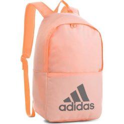 Plecak adidas - Classic Bp DM7678 Cleora/Cleora/Ngtmet. Czerwone plecaki damskie Adidas, z materiału, sportowe. Za 99.00 zł.