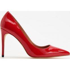Czółenka na wysokim obcasie - Czerwony. Czerwone czółenka damskie Reserved. Za 139.99 zł.