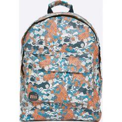 Mi-Pac - Plecak 17 l. Szare plecaki damskie Mi-Pac, w paski, z materiału. W wyprzedaży za 129.90 zł.