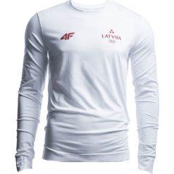 Longsleeve męski Łotwa Pyeongchang 2018 TSML800 - biały. Białe bluzki z długim rękawem męskie 4f, z nadrukiem, z bawełny, z dekoltem na plecach. W wyprzedaży za 89.99 zł.