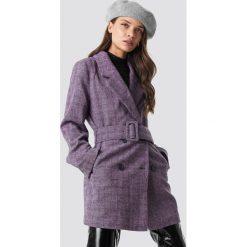 NA-KD Classic Dwurzędowa kurtka z paskiem - Purple. Fioletowe kurtki damskie NA-KD Classic, w paski. Za 283.95 zł.