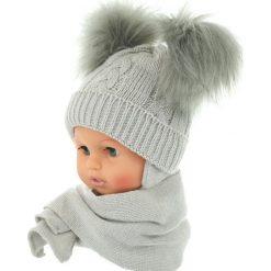 Czapka niemowlęca z szalikiem CZ+S 016D szara. Czapki dla dzieci marki Reserved. Za 47.14 zł.