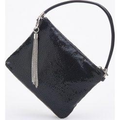 Torebka z metalowym frędzlem - Czarny. Czarne torebki do ręki damskie Reserved. Za 119.99 zł.