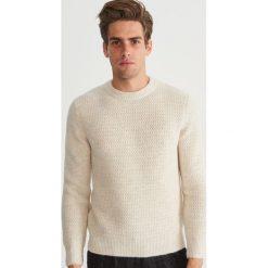 Sweter - Kremowy. Białe swetry przez głowę męskie Reserved. Za 159.99 zł.