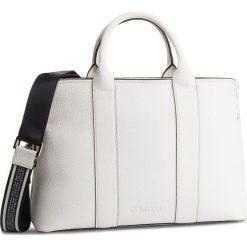Torebka CALVIN KLEIN - Race Tote K60K604882 102. Białe torebki do ręki damskie Calvin Klein, ze skóry ekologicznej. Za 699.00 zł.
