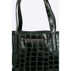 Versace Jeans - Torebka. Szare torby na ramię damskie Versace Jeans. W wyprzedaży za 799.90 zł.
