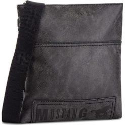 Saszetka MUSTANG - Hamptons 4100000168 Black 900. Czarne saszetki męskie Mustang, ze skóry ekologicznej, młodzieżowe. Za 249.00 zł.
