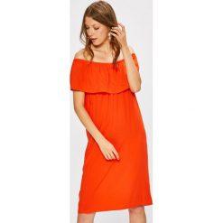 Vila - Sukienka. Czerwone sukienki damskie Vila, z lyocellu, casualowe. W wyprzedaży za 149.90 zł.
