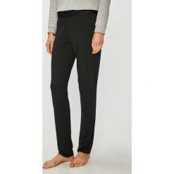 Calvin Klein Underwear - Spodnie piżamowe. Szare piżamy damskie Calvin Klein Underwear, z dzianiny. Za 229.90 zł.