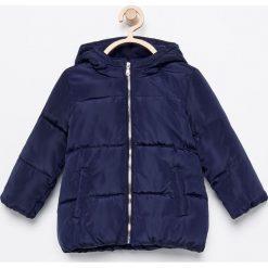 Ocieplana kurtka z kapturem - Granatowy. Niebieskie kurtki i płaszcze dla dziewczynek Reserved. Za 329.99 zł.