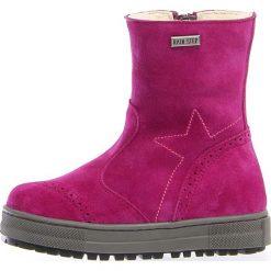 """Skórzane kozaki zimowe """"Miro"""" w kolorze fuksji. Buty zimowe dziewczęce Zimowe obuwie dla dzieci. W wyprzedaży za 252.95 zł."""