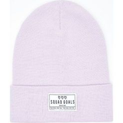 Czapka z naszywką - Fioletowy. Fioletowe czapki i kapelusze damskie Cropp. Za 19.99 zł.